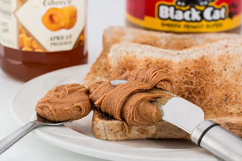 胆固醇高能吃花生酱吗胆固醇高吃花生酱的好处