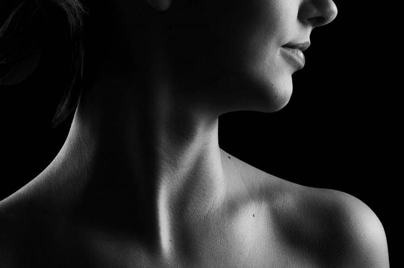 颈部僵硬怎么缓解改善颈部僵硬的方法